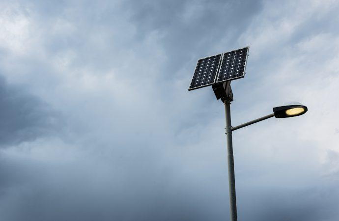 Stopień ochrony urządzeń elektrycznych – jakie lampy zewnętrzne kupić?