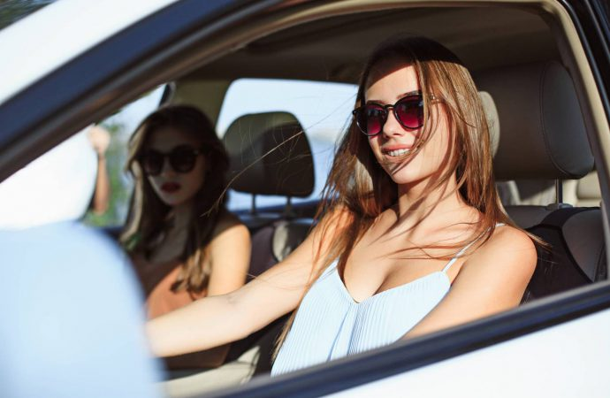 kup samochodów – w jaki sposób są rozliczane transakcje?